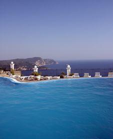 Free Swimming Pool Stock Photo - 8553050