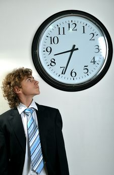 Free Businessman And Clock Royalty Free Stock Photos - 8556608