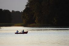 Free Boat On A Lake Royalty Free Stock Images - 8560519