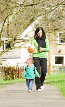 Free Mum With Daughter Stock Image - 8560961