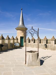 Free Segovia S Alcazar Royalty Free Stock Photos - 8561468
