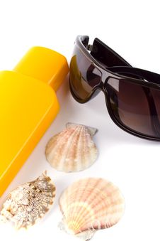 Free Sunglasses And Lotion Royalty Free Stock Photo - 8564695