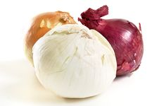 Free Onion Trio Royalty Free Stock Images - 8566889