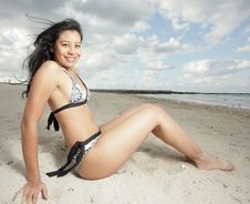 Free Woman On The Sand Royalty Free Stock Images - 8568449