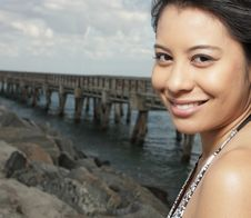 Free Young Woman Smiling Royalty Free Stock Photography - 8568457