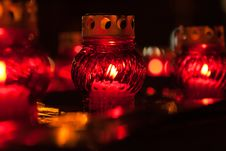 Free Candle Lights Royalty Free Stock Photos - 8568458