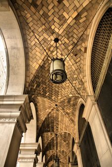 Free Cathedral Stone Brick Arches Stock Photography - 8569342