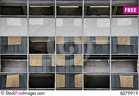 Free Missing Windows, New Windows Royalty Free Stock Images - 8579919