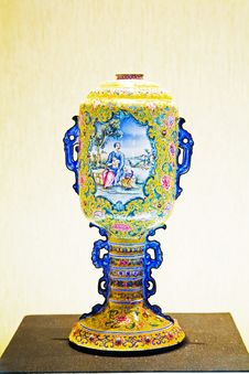 Free Cloisonne China Vase Stock Photos - 8575543