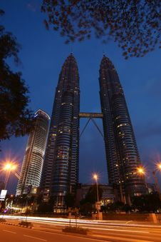 Free KLCC Night Scene Stock Photos - 8577363