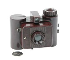 Free Old Camera Royalty Free Stock Image - 8579906