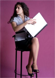 Free Young Woman Full-lenght Holding A Folder. Stock Images - 8585974