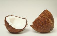 Free Coconut Halves Royalty Free Stock Image - 8586316