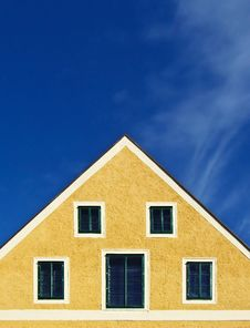 Free Yellow House, Blue Sky Stock Images - 8588094