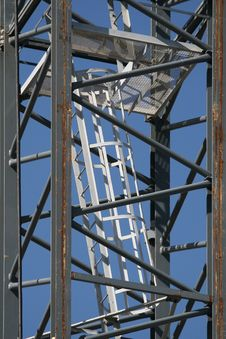Free Scaffolding Ladder Royalty Free Stock Photo - 8591315