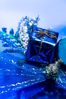 Free Gift Box Royalty Free Stock Photos - 8591788