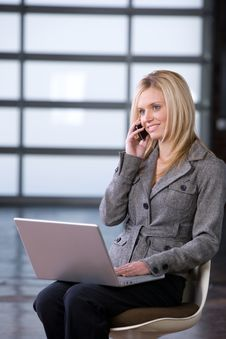 Free Business Woman On A Cell Phone Royalty Free Stock Photography - 8592227