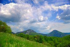 Free Mountain Meadow Royalty Free Stock Image - 8595846