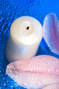 Free Candle With Flower Stock Photos - 8597383