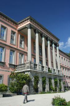 Free Neoclassical Building Stock Images - 864054