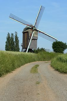 Free Windmill Royalty Free Stock Image - 867876