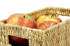Free Apple In The Basket Royalty Free Stock Images - 8601399