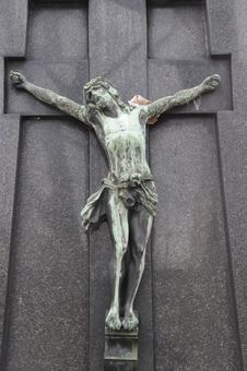 Cross With Jesu Statue Royalty Free Stock Photos