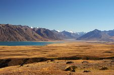 Free Scene At Lake Tekapo, New Zealand Royalty Free Stock Photography - 8609467
