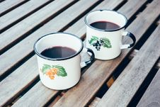 Free Hot Punch In Vintage Cups Royalty Free Stock Photography - 86005127