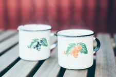 Free Hot Punch In Vintage Mugs Royalty Free Stock Image - 86005216