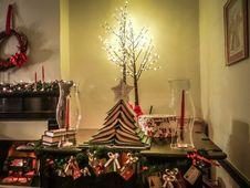Free Christmas, Decorating, Design Royalty Free Stock Photo - 86005405