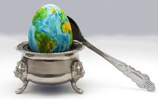 Free The Egg Represents The Earth Royalty Free Stock Image - 86006536