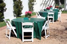 Free Outside Dining Patio Stock Photo - 8616000