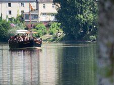Free Canoeing On The Dordogne-france2015-em10-70-300mm-20150720-P7200205 Stock Photo - 86175530