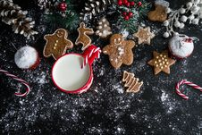 Free Christmas Cookies Muffins And Milk Stock Images - 86176994