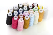 Free Colorful Spools Threads Royalty Free Stock Images - 8622889