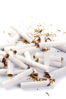 Free Broken Cigarettes Royalty Free Stock Images - 8623909