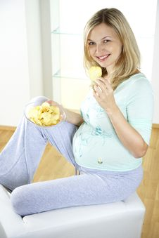 Free Woman Eating Chips Royalty Free Stock Image - 8626966