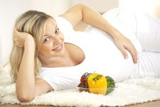 Free Young Pretty Pregnant Woman With Vegetables Royalty Free Stock Photo - 8627165