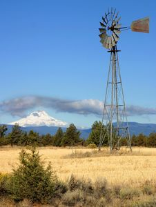Windmill Mount Hood Royalty Free Stock Photography