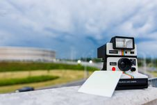 Free Black And White Polaroid Instant Camera With Photo Paper Stock Image - 86220701