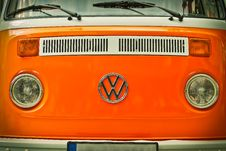 Free Orange Volkswagen Beatle Van Stock Photos - 86221203