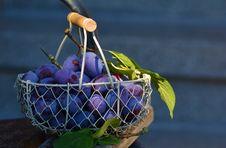 Free Red Grape Fruits On Metal Basket Stock Photos - 86221543
