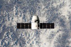 Free Spacex Satellite In Orbit Royalty Free Stock Image - 86228756