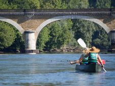 Free Canoeing On The Dordogne-france2015-em10-70-300mm-20150720-P7200154 Royalty Free Stock Photography - 86243717