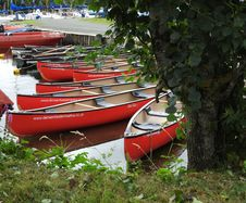 Free Red Canoes Royalty Free Stock Photography - 86243997