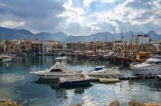 Free Boats In Harbor Stock Photography - 86249842