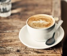 Free Cup Of Latte Coffee Royalty Free Stock Photo - 86250325