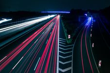 Free Light Trails On Road At Night Royalty Free Stock Photo - 86250715