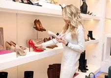 Free Woman At Shoe Store Royalty Free Stock Photography - 86251457